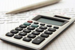 Koszty intercyzy zawartej przed ślubem są stosunkowo niskie.